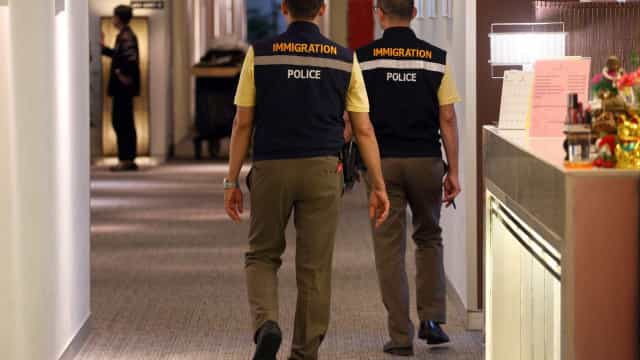 Jovem saudita que fugiu da Arábia Saudita pede asilo ao Canadá