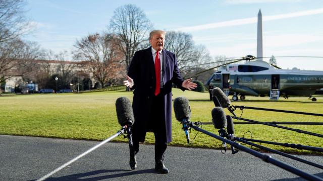 Trump dirige-se hoje aos americanos para explicar a importância do muro