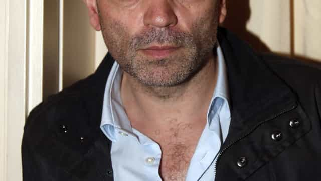 """Escritor francês afirma ser """"incapaz de amar uma mulher de 50 anos"""""""