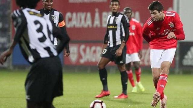 Benfica perde com o Portimonense e poderá ser ultrapassado pelo Sporting