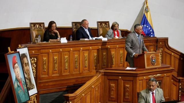 Venezuela: Deputado da Assembleia propõe dissolução do parlamento