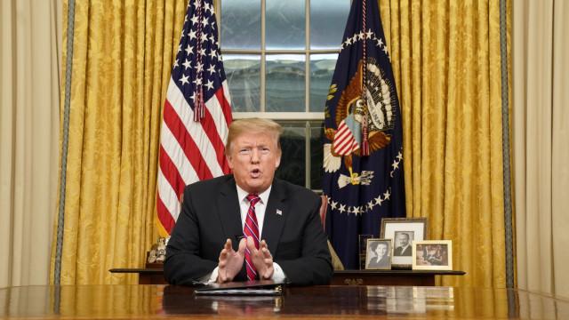 """""""Crise da alma""""? Como Donald Trump justificou o muro no discurso à nação"""