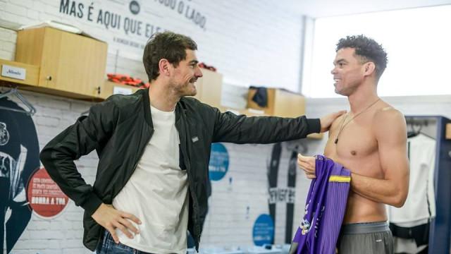 A 'provocação' no reencontro de Pepe e Casillas no FC Porto