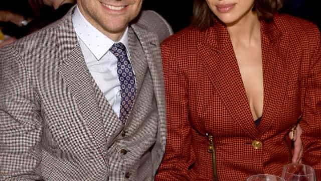Bradley Cooper e Irina Shayk encantam em mais uma rara presença pública