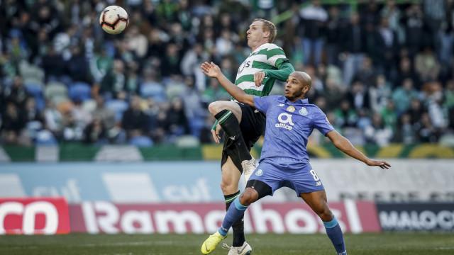 Mathieu admite terminar a carreira no Sporting