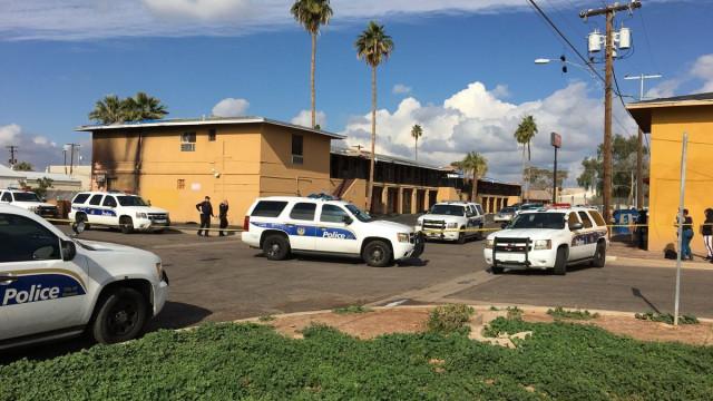 Uma jovem morta e três feridos em estado crítico após tiroteio em Phoenix