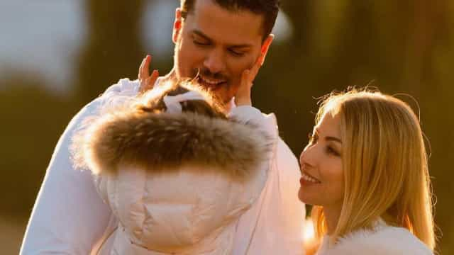 """O amor de Mickael Carreira e Laura Figueiredo: """"É a mulher da minha vida"""""""