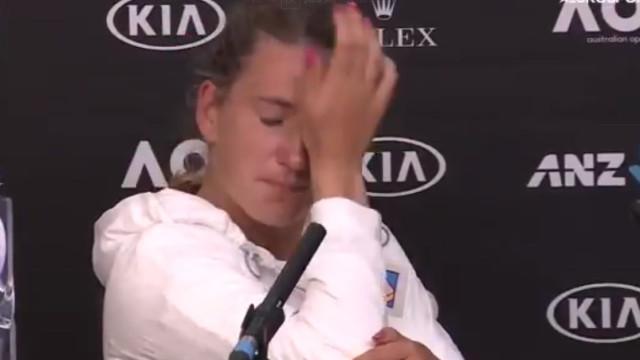 Depois de Murray, agora foi a vez de Azarenka se desfazer em lágrimas