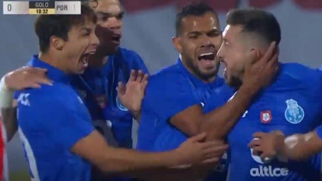 Após receção genial, Herrera faz o primeiro golo no Estádio do Mar
