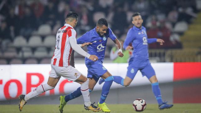 [0-1] Rola a bola na segunda parte do Leixões-FC Porto
