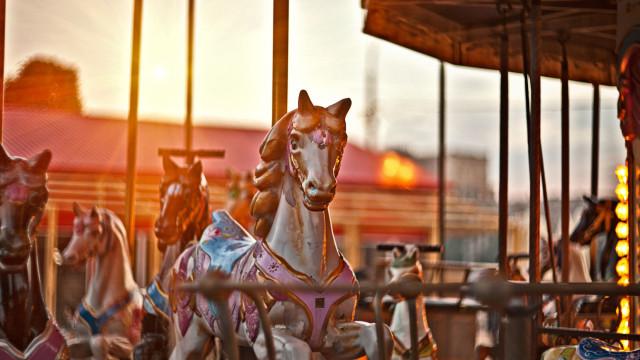 Feira celebra Festa das Fogaceiras com carrosséis como há 40 anos