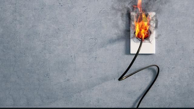 Sabe o que fazer em caso de incêndio em casa? A Proteção Civil explica
