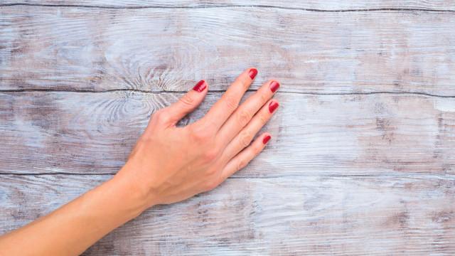Sente um formigueiro nas mãos? Esteja atento a estas quatro doenças