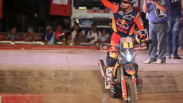 O senhor da mão aparafusada venceu o Dakar'2019
