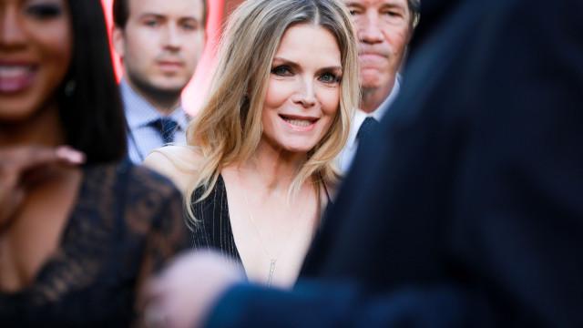 Michelle Pfeiffer chegou agora ao Instagram, mas já está a 'dar tudo'