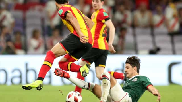 Lateral mexicano interessa ao Benfica e FC Porto
