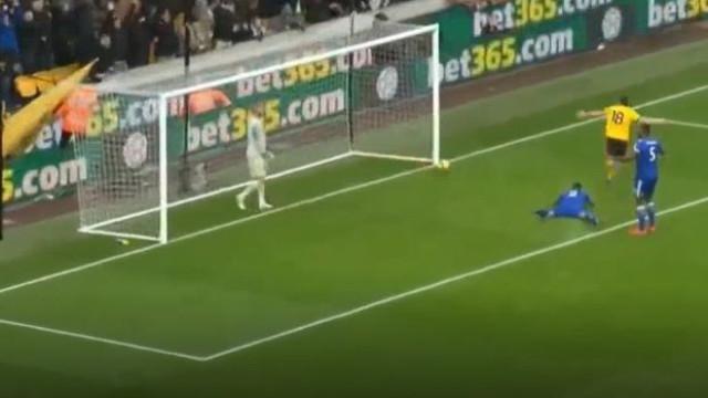 Jota a passe de Moutinho inaugura marcador do Wolves frente ao Leicester