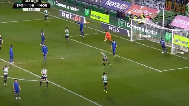 Bruno Fernandes 'fuzilou' Jhonathan após duas belas defesas