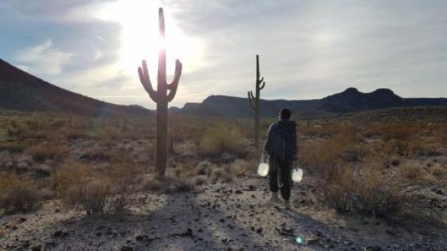 Ativistas condenadas por darem água e comida a migrantes na fronteira