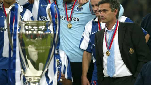 """FC Porto recorda Mourinho e uma """"fantástica máquina de futebol"""""""