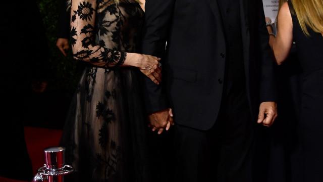 Michelle Pfeiffer celebra 25 anos de casamento