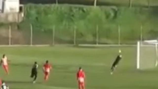O fantástico remate que fez Gonçalo Gregório chegar aos 25 golos