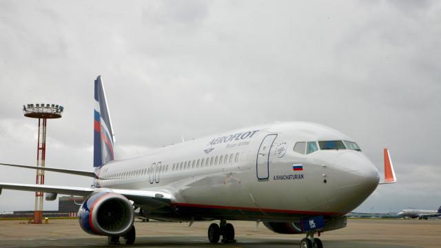 Avião com destino a Moscovo desviado por passageiro