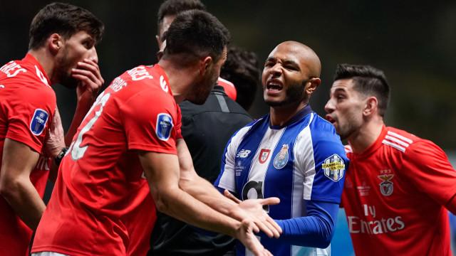 Benfica-FC Porto: As imagens que não viu na televisão