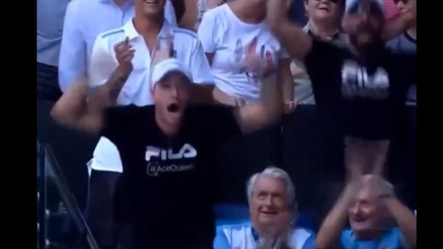 Reação do marido de Pliskova após a mulher eliminar Serena é apaixonante