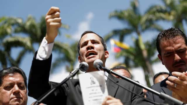 """Guaidó critica expulsão de eurodeputados com """"regime irracional"""""""