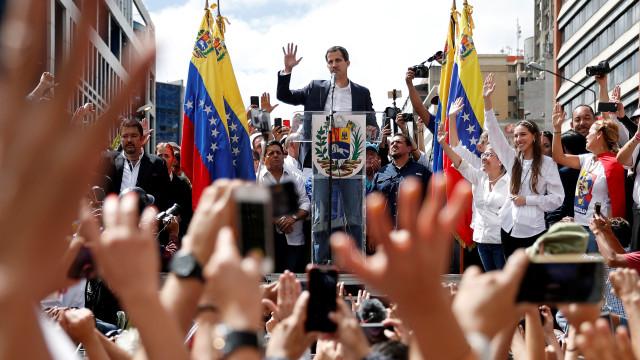 Guaidó apela a novas manifestações a 23 de fevereiro na Venezuela