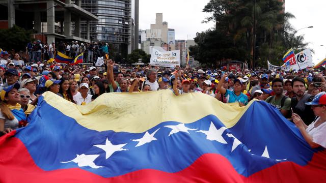 Número de presos políticos na Venezuela caiu de 773 para 614