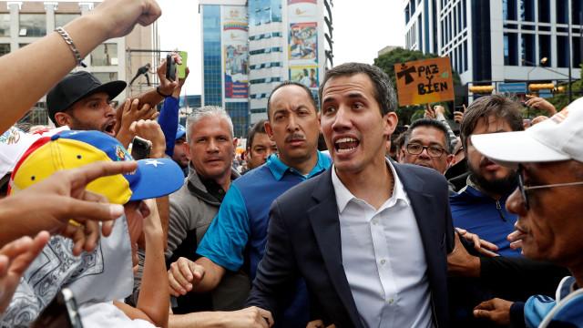 Relator da ONU considera inconstitucionais medidas contra Guaidó