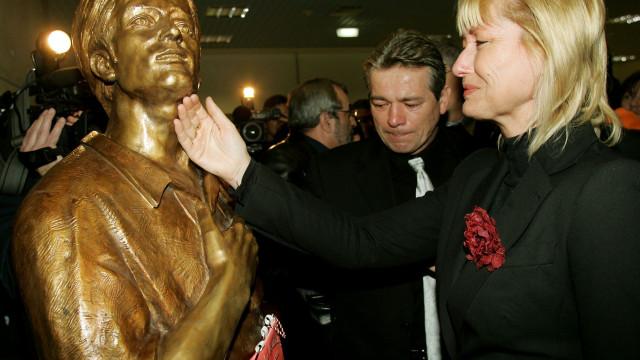 """""""Incompreensível"""":  A imprensa húngara 'chora' sobre a memória de Fehér"""