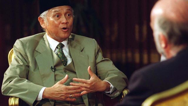"""Admissão da independência de Timor foi uma """"reação irritada"""" de Habibie"""