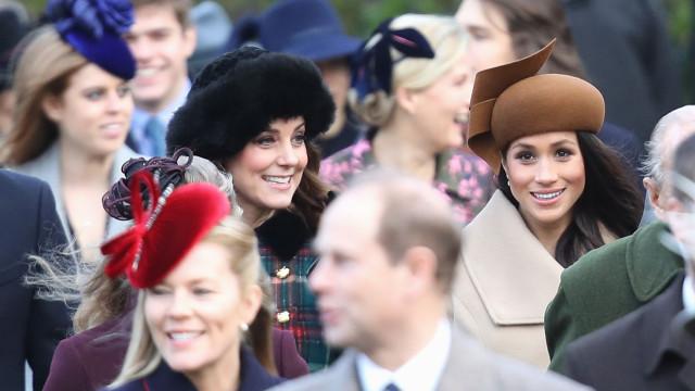 Palácio em 'alvoroço' com ataques contra Kate Middleton e Meghan Markle
