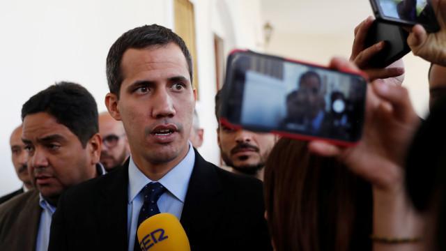 """Guaidó agradece a Portugal e reitera """"solução pacífica"""" para a crise"""