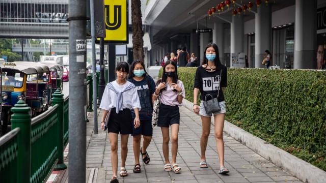 Pessoas estão a tossir sangue em Bangkok devido à poluição