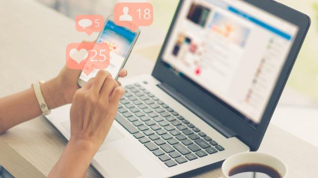 Facebook é um vetor da mudança de velocidade na comunicação atual
