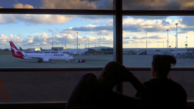 Aeroporto de Brisbane, na Austrália, evacuado. Uma pessoa detida