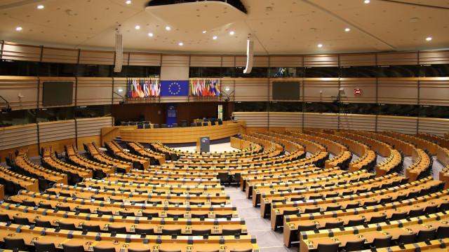 """CDU convicto de que manterá """"presença forte"""" no Parlamento Europeu"""