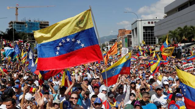 As imagens do dia em que a Venezuela saiu à rua em peso