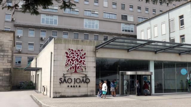 Mulher que tentou raptar bebé no S. João fica em prisão preventiva