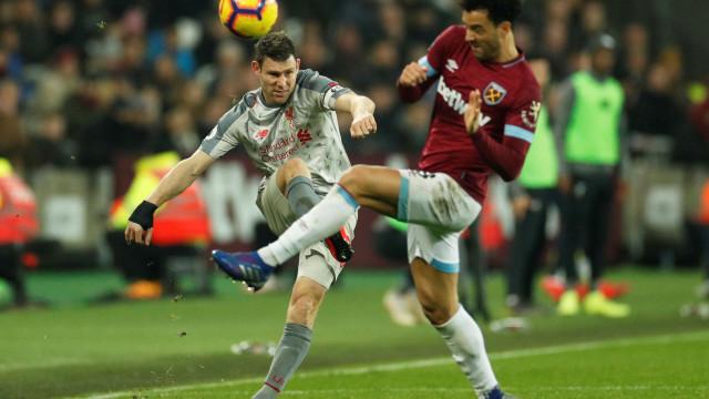 Escorregadela do Liverpool deixa Guardiola 'à perna' de Klopp