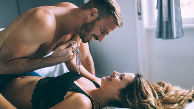Eles lideram escolha de artigos eróticos para surpreender parceiras