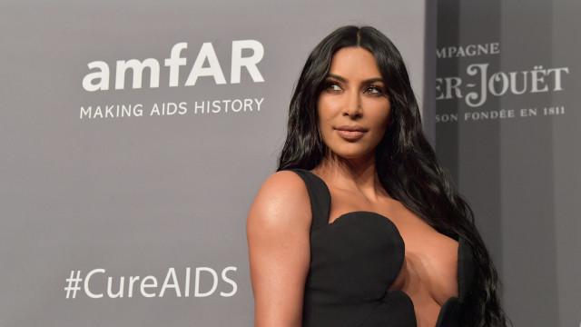 Kim Kardashian em tratamentos por causa de doença
