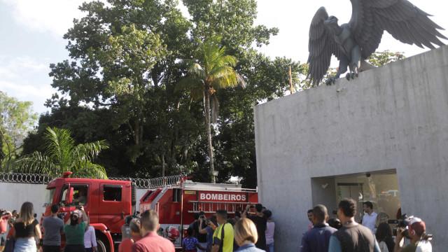 Assim ficou o centro de treinos do Flamengo após incêndio