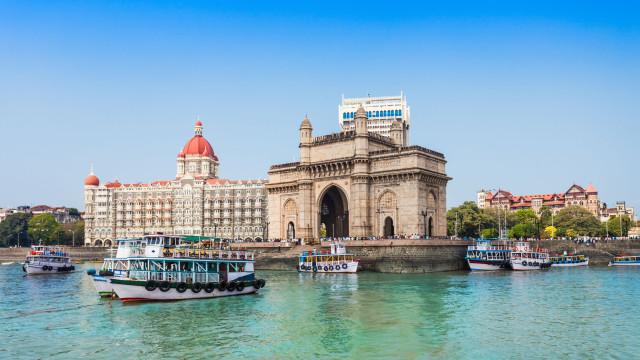 Uber finta trânsito na Índia com serviço de barcos
