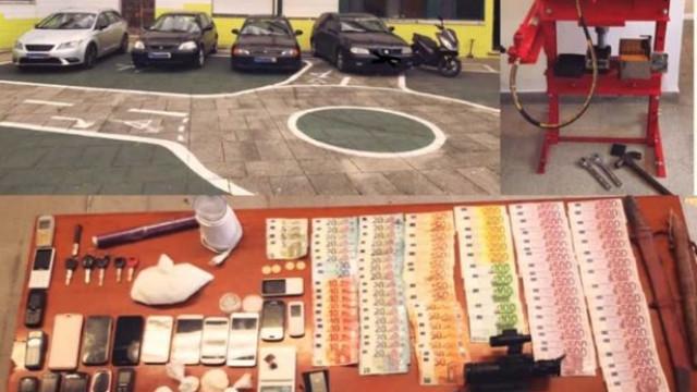 Dois homens e uma mulher detidos por tráfico de droga em Carnaxide