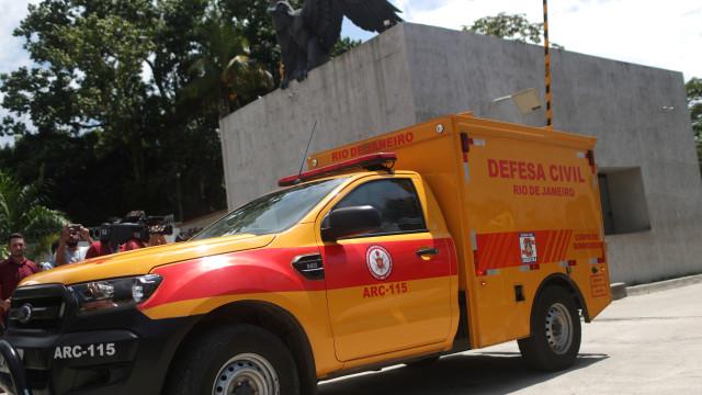 Incêndio em centro de treinos de clube brasileiro faz três feridos